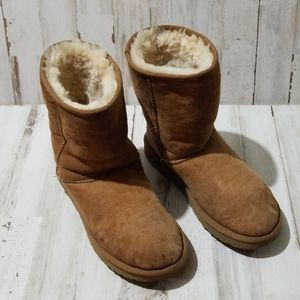 Girls UGG boots size 5